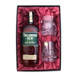 Tullamore Dew se sklenicemi...